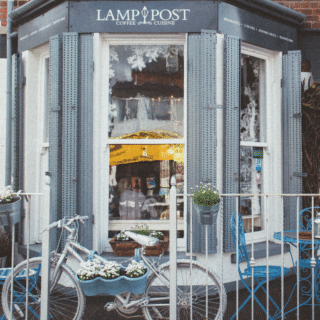 Lamppost Cafe