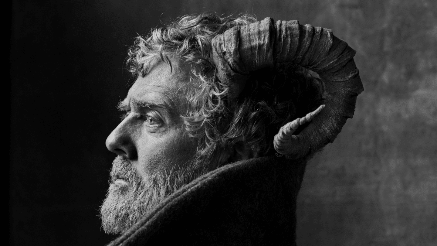 Listings Image Without Title Treatment Glen Hansard